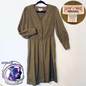 VINTAGE Mihang Long Sleeve Button Dress